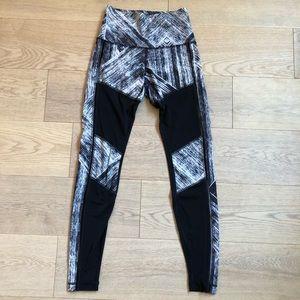 Lululemon high waisted mesh leggings